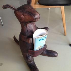 Leder-Känguruh von Omersa UK