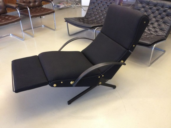 Borsani Tecno P40 Chair 11