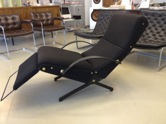 Borsani Tecno P40 Chair 2