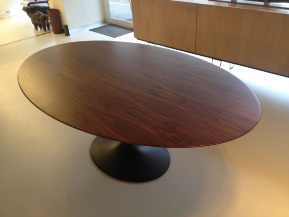 Rosewood Tulip Table 3