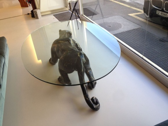 Elastique Black Panther Table Tisch 1