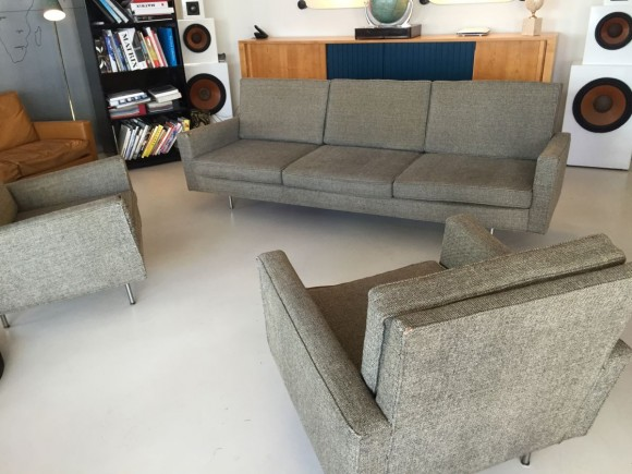 Florence Knoll Sofa And Two Chairs 7