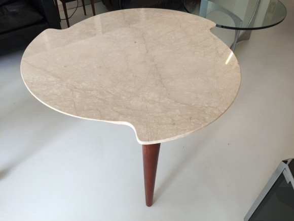 Elastique Zurich Marmortisch Dreibeinig 3 Legged Table 1