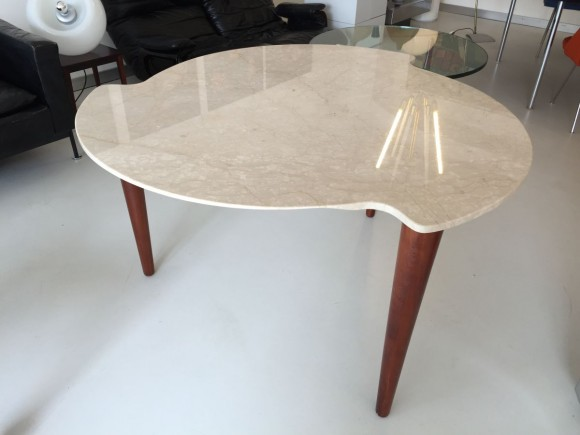 Elastique Zurich Marmortisch Dreibeinig 3 Legged Table 2