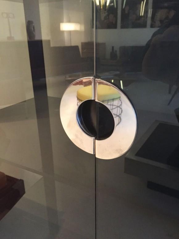 Elastique Vintage Zuerich Glasschrank Mario Sabot 3