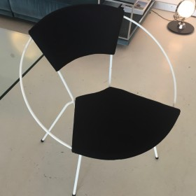 Ring Chair + Table by elastique